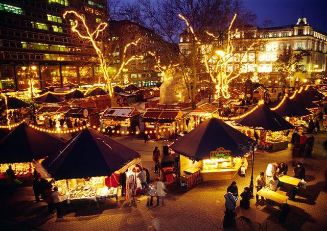 Объехать весь мир, а для начала - попасть на Рождество в Венгрию