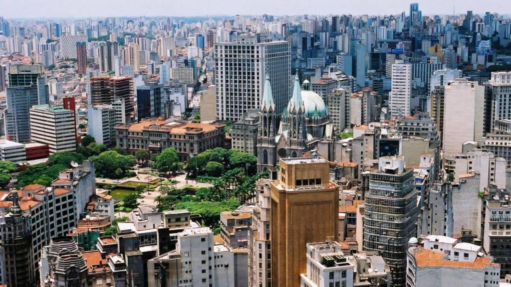 an overview of brazil Overview of business environment/doing business in brazil as it pertains to taxation, both individual and corporate.
