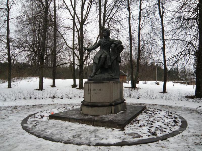 знакомство с жизнью и творчеством пушкина