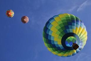 hot-air-balloons-1984308_960_720