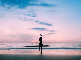 yoga-3614892_960_720