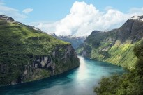 fjord-3811244_640