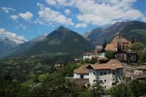 holiday_italy_south_tyrol_schenna_val_venosta_panorama_landscape-886974.jpg!d