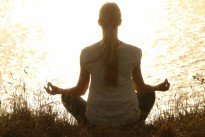 meditate_meditation_peaceful_silhouettes_sunset_tranquil_yoga-1175713.jpg!d
