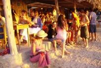 beach-2093555_640