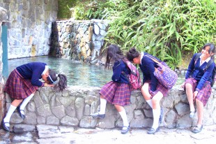 waterfall-people-hair-pool-laughing-fountain-864101-pxhere.com