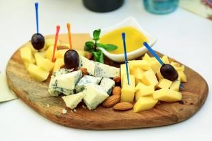 cheese-3985023_640